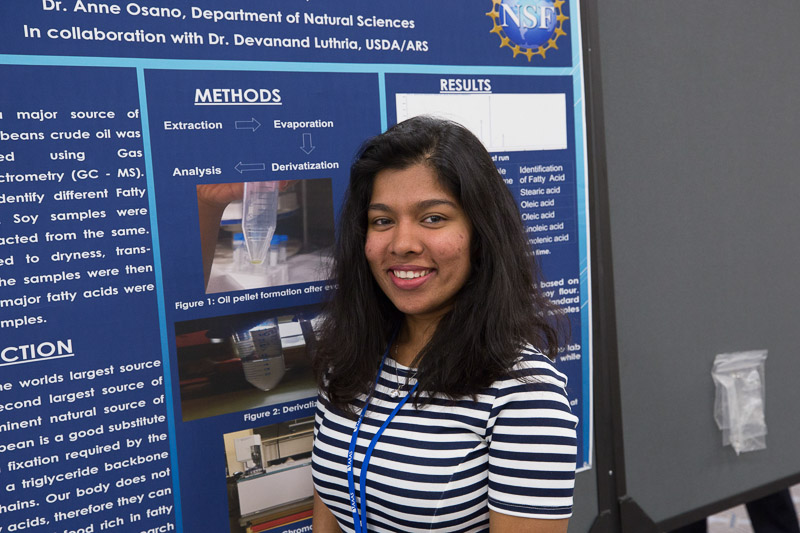 BSU student presents research poster