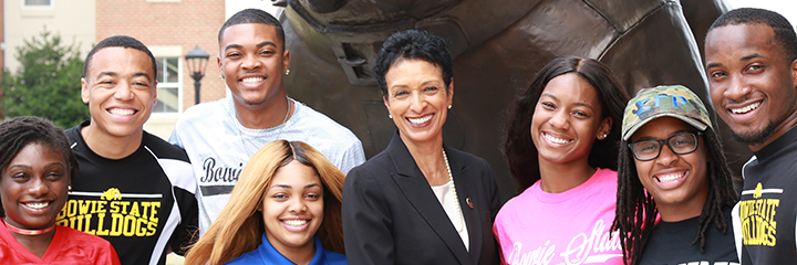 aminta breaux with students at bowie state university