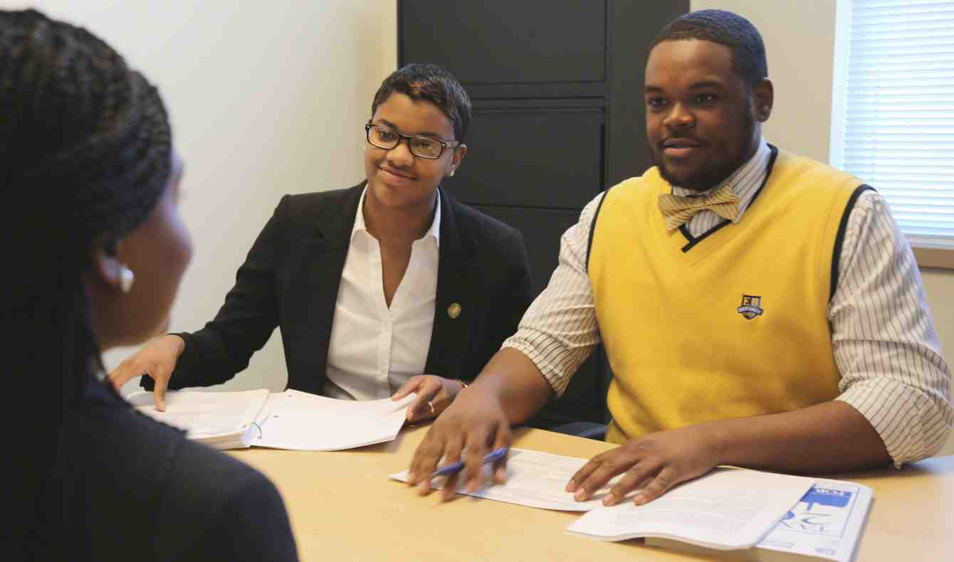 Bowie State Students Volunteer to Complete Tax Returns for the Public