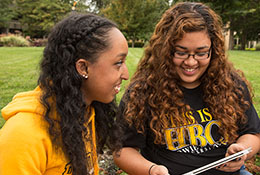two students at bowie state university